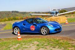 foto-alfa-romeo-4c-pista-e-piloti-flugplatzrennen