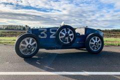 foto-bugatti-35b-pista-e-piloti-flugplatz
