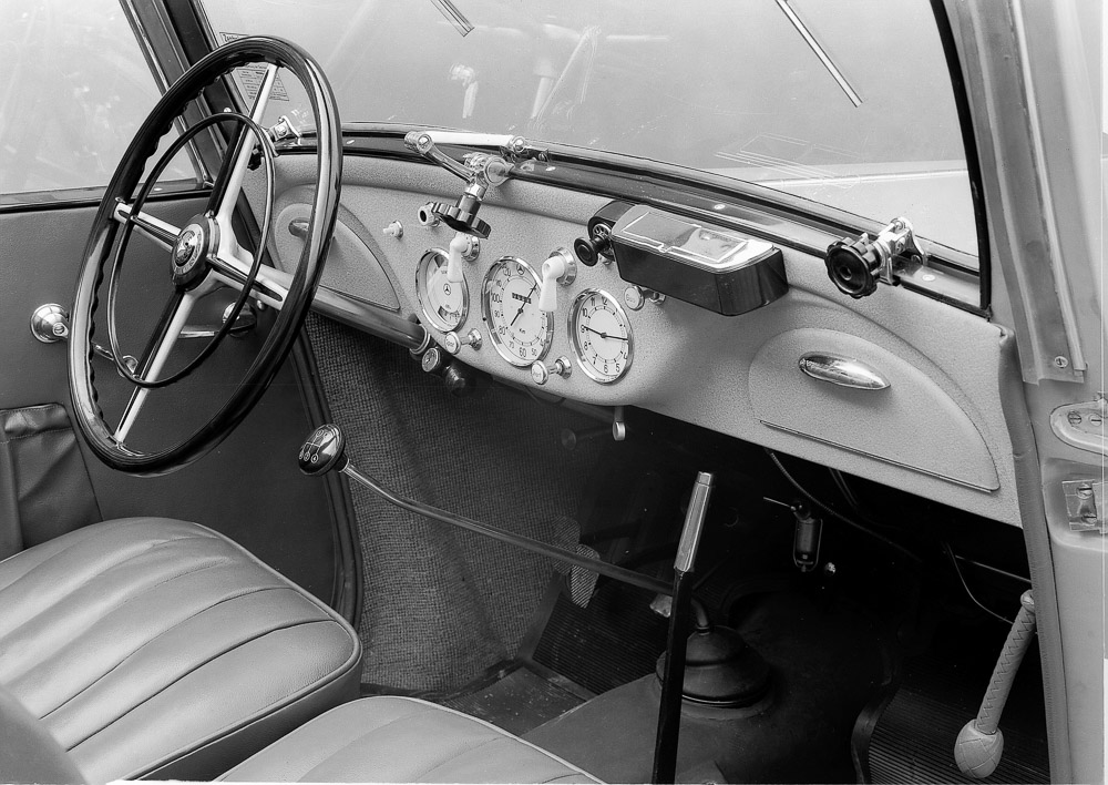 foto innenraum armaturenbrett mercedes 170 v